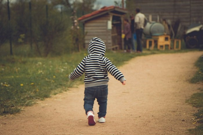 Can Delayed Walking Signal Genetic Anomalies?